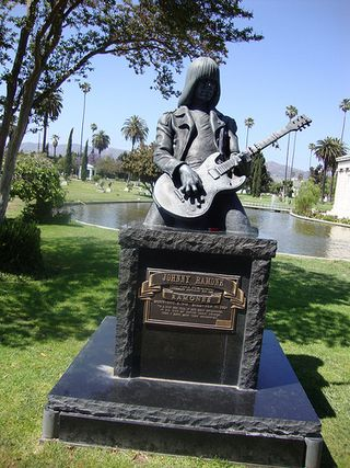 Graveyard 3  Johnny Ramone
