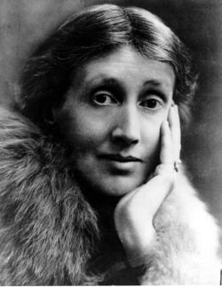 Virginia woolf portrait fur
