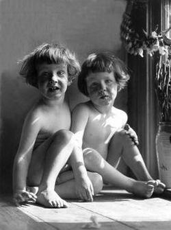 Imogen's twin sons in 1922