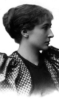 Harriet Monroe - today's lovely literary granny early in her career.