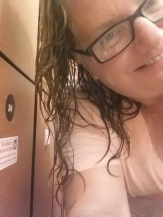 I made it to the gym: aqua circuit hooray! And yes, I felt the burn.